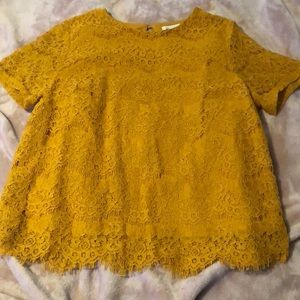 Mustard lace top!